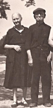 El Tío Matalobos y señora, en su ancianidad