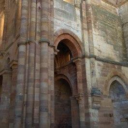Puerta de monjes
